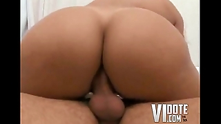 big ass julyanna riding short guys dick