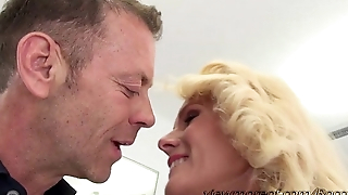 Damn blonde MILF Dyana with a chubby tits goes hardcore sex with Rocco
